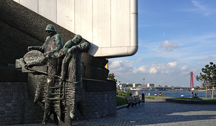 1940_1945-WWII-Monument-Rotterdam