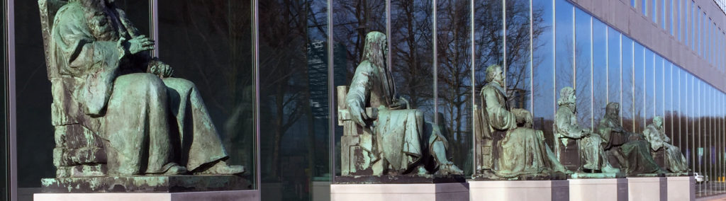 Dutch Supreme Court statue monuments