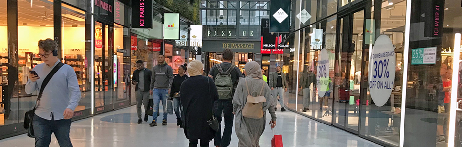 https://expatinfoholland.nl/wp-content/uploads/2018/06/shopping-gallery-in-The-Hague-Netherlands-expatINFOholland.jpg