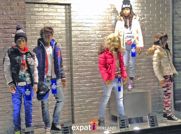 kids clothing shoe stores in Netherlands