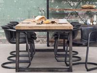 Amsterdam area furniture seller
